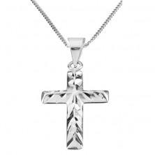 Lśniący naszyjnik - krzyżyk z ukośnymi nacięciami, srebro 925