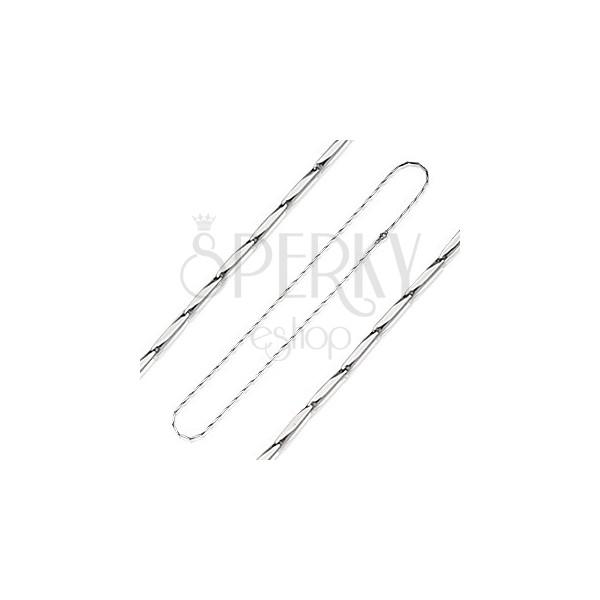 Łańcuszek ze stali chirurgicznej w kształcie ściętego prostokąta