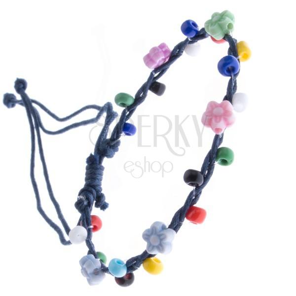 Bransoletka sznurkowa - ciemnoniebieska z kolorowymi koralikami, kwiatki