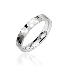 Stalowy wąski pierścionek z matową błyszczącą szachownicą