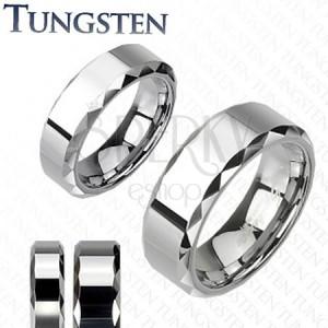 Tungsten - Wolframowa obrączka z lśniącym pasem i kanciastymi krawędziami
