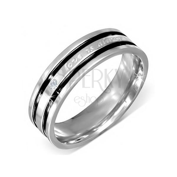 Obrączka wykonana ze stali z wyznaniem miłości, bezbarwna cyrkonia, czarne rowki