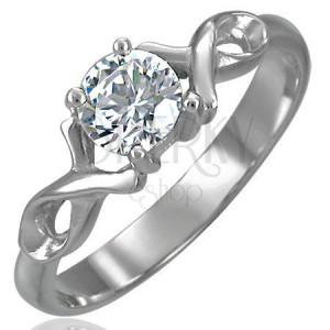 Zaręczynowy pierścionek z cyrkonią i podwójną stalową wstążką