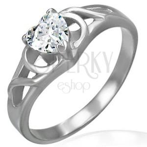 Zaręczynowy pierścionek ze stali chirurgicznej - bezbarwne cyrkoniowe serce, ornamenty