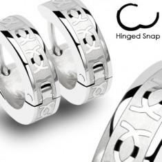 Okrągłe stalowe kolczyki - srebrne, lśniące przeplatające się CC