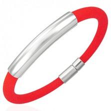 Okrągła sylikonowa bransoletka z gładką blaszką, czerwona