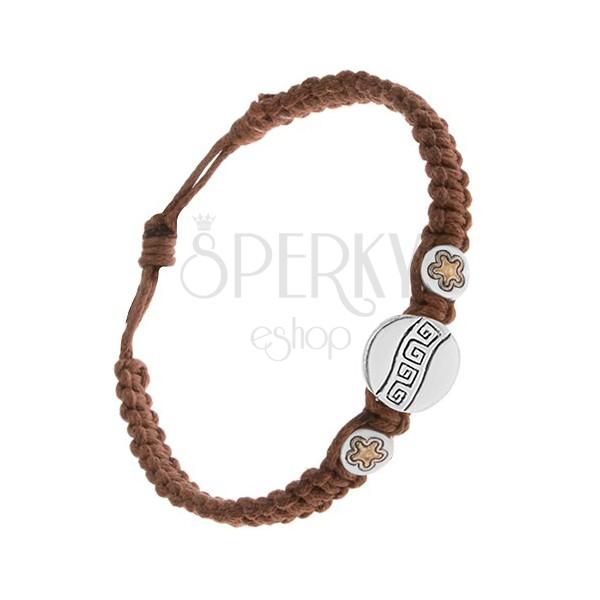 Kasztanowo brązowa sznurkowa bransoletka, trzy wstawki, klucz grecki, kwiatki