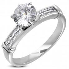 Zaręczynowy pierścionek z dużą osadzoną cyrkonią, linia cyrkonii w prostokątnej przedniej części