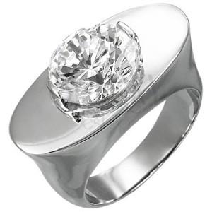Masywny stalowy pierścionek - owal z cyrkonią