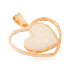 Stalowy wisiorek w złotym kolorze, białe perłowe serce w zarysie serca