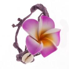 Fioletowa bransoletka - zaplatane rzemyki, kwiat, lśniące muszelki