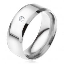 Lesklý oceľový prsteň, skosené hrany, číry okrúhly kamienok
