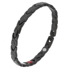 Czarna bransoletka ze stali, lśniące ogniwa, emaliowana powierzchnia, magnesy