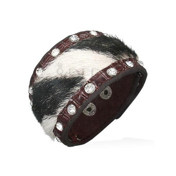 Skórzana bransoletka z czarno-białym futerkiem i cyrkoniami