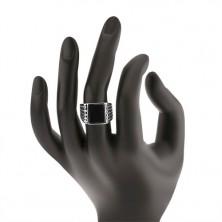 Srebrny pierścionek 925, ramiona z nacięciami, czarny emaliowany prostokąt