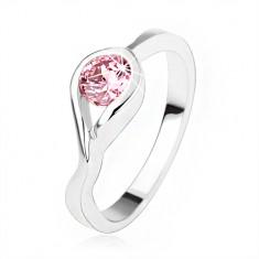 Srebrny pierścionek 925, okrągła różowa cyrkonia, skręcone ramiona