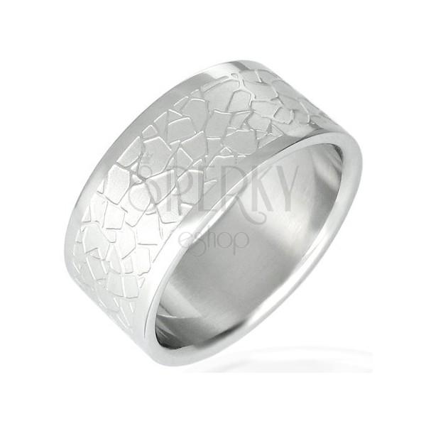 Stalowy pierścionek - nieregularny dachówkowy wzór