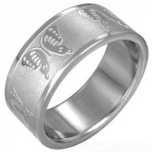Stalowy pierścionek z motylkami