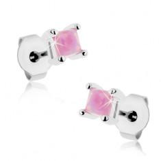 Lśniące stalowe kolczyki, różowy syntetyczny opal - kwadrat, 3 mm