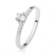 Zaręczynowy srebrny pierścionek 925, okrągła przejrzysta cyrkonia, błyszczące pasy na ramionach