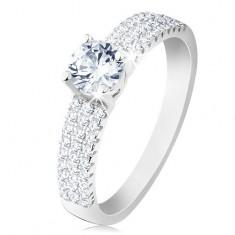 Zaręczynowy pierścionek, srebro 925, okrągła bezbarwna cyrkonia, drobne cyrkonie na ramionach