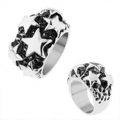 Stalowy pierścionek, lśniące wypukłe gwiazdy w srebrnym odcieniu, czarna patyna