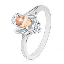 Błyszczący pierścionek, jasnopomarańczowy wyszlifowany owal, przezroczyste cyrkonie, listki