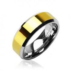 Wolframowy pierścionek o ściętych krawędziach ze środkowym pasem złotego koloru