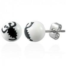 Kolczyki ze stali białe kuleczki - znak czarny skorpion
