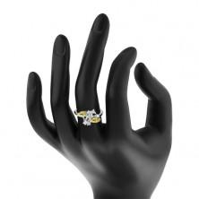 Pierścionek srebrnego koloru, trzy barwne oszlifowane ziarnka, bezbarwne cyrkonie