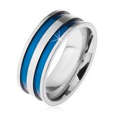 Stalowy pierścionek w srebrnym odcieniu, cienkie wgłębione pasy niebieskiego koloru, 8 mm