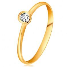 Pierścionek z żółtego 14K złota - błyszczący  bezbarwny brylant w lśniącej oprawie, zwężone ramiona