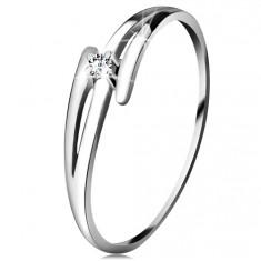 Brylantowy pierścionek z białego 14K złota - rozdzielone faliste ramiona, bezbarwny brylant