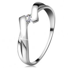 Pierścionek z białego złota 585 z błyszczącym diamentem, rozdzielone skrzyżowane ramiona