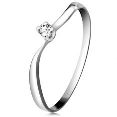 Diamentowy pierścionek z białego 14K złota - błyszczący brylant w koszyczku, faliste ramiona
