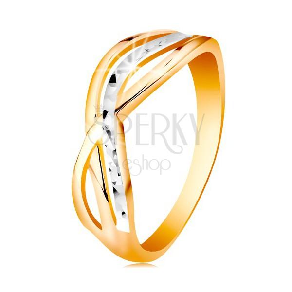 Dwukolorowy pierścionek ze złota 585 - faliste i rozgałezione linie ramion, nacięcia