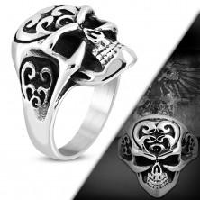 Masywny pierścionek ze stali 316L, czaszka z ornamentami na czole, czarna patyna