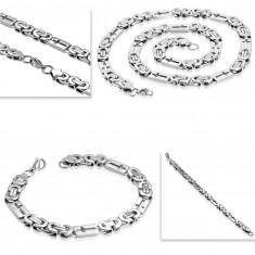 Zestaw ze stali 316L srebrnego koloru - naszyjnik i bransoletka, prostokąty z krzyżykami
