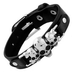 Czarna bransoletka ze sztucznej skóry i stali, trzy czaszki ze skrzyżowanymi kośćmi