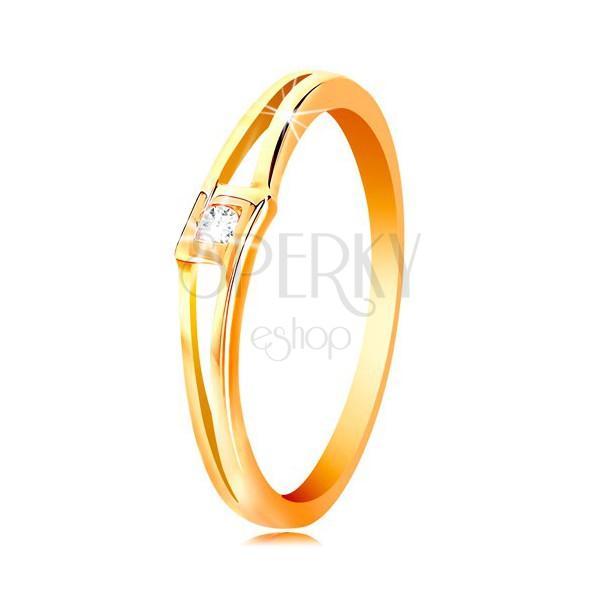 Pierścionek z żółtego 14K złota - okrągła bezbarwna cyrkonia w rombie, rozdzielone ramiona
