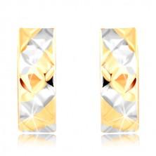 Złote kolczyki 585 - pasy z żółtego i białego złota, lśniące nacięcia