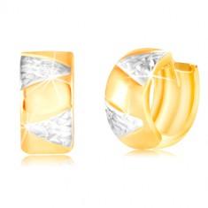 Złote kolczyki 14K - szersze koło z trójkątami z białego złota