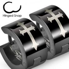 Czarne stalowe kolczyki z krzyżem liliowym w srebrnym odcieniu