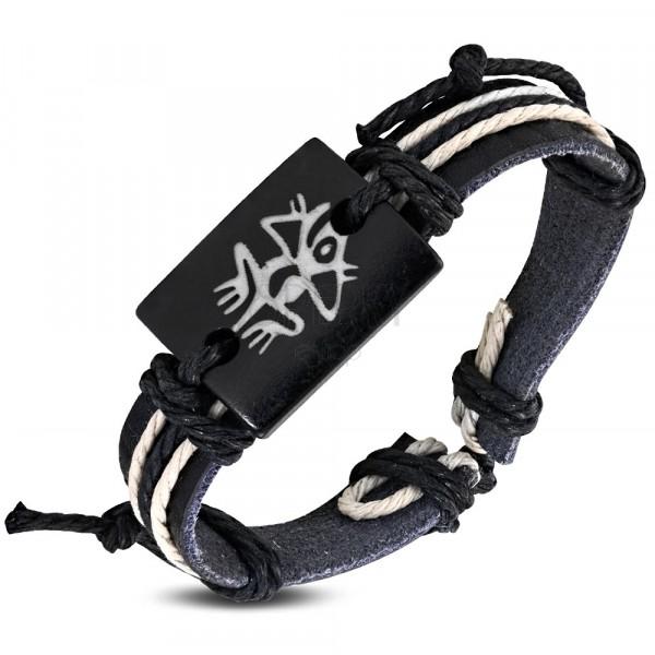 Regulowana czarna bransoletka ze sznurkami - drewniany znaczek z symbolem żaby