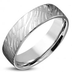Błyszczący stalowy pierścionek srebrnego koloru - matowy motyw zebry, 6 mm