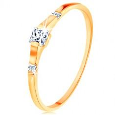 Złoty pierścionek 375 - trzy przezroczyste cyrkoniowe kwadraciki, lśniące i gładkie ramiona