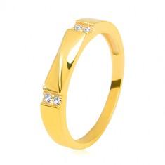 Złota obrączka z 14K złota - przezroczyste cyrkonie, lśniąca fala, gładkie ramiona, 3,5 mm