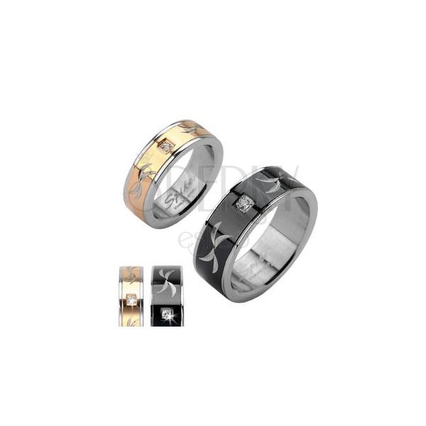 Stalowy pierścionek - grawerowana obrączka z cyrkonią
