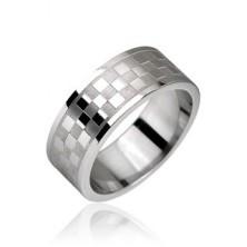 Stalowy pierścień, wzór szachownica