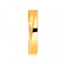 Pierścionek z żółtego 14K złota - trójkątne nacięcia wyłożone małymi kropeczkami